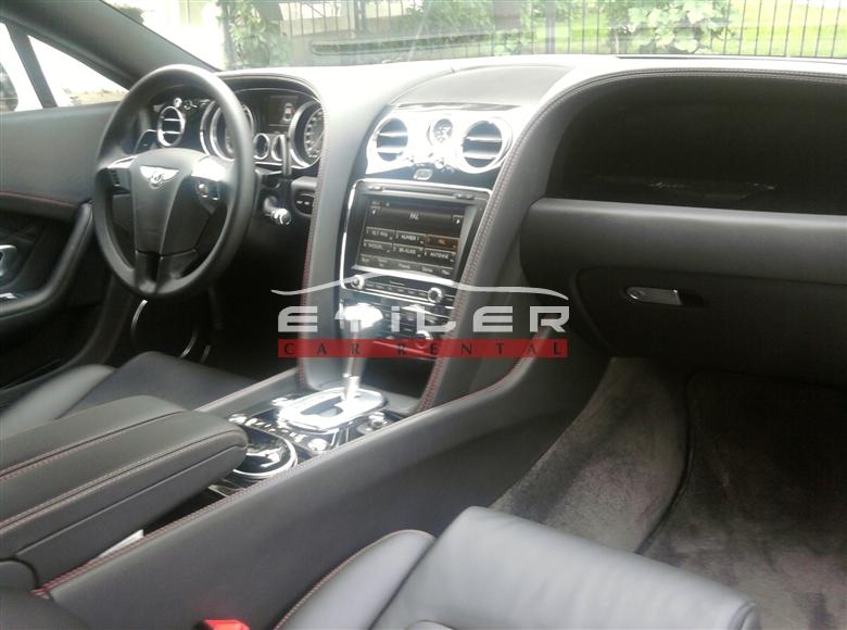 Beyaz Bentley Continental İç Görünüm