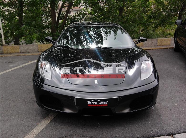 Siyah Ferrari F430 Ön Görünüm
