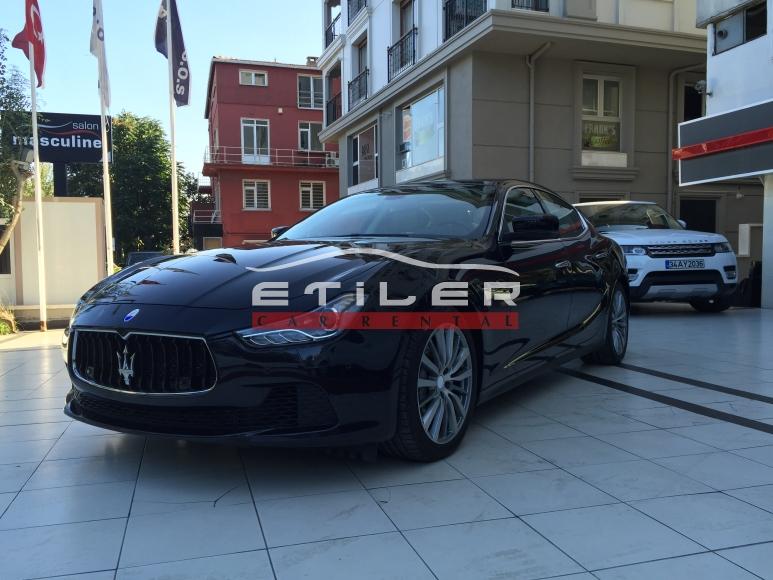 Siyah Maserati Ghibli