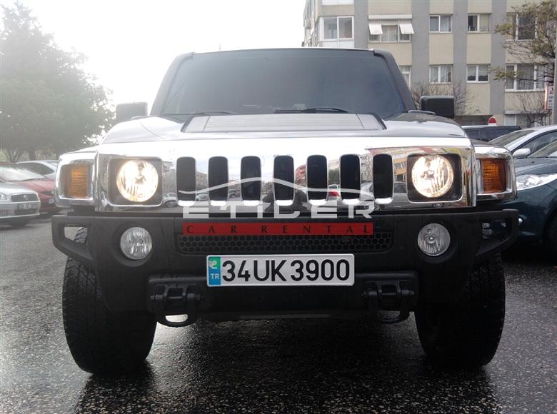 Siyah Hummer H3 Ön Görünüm