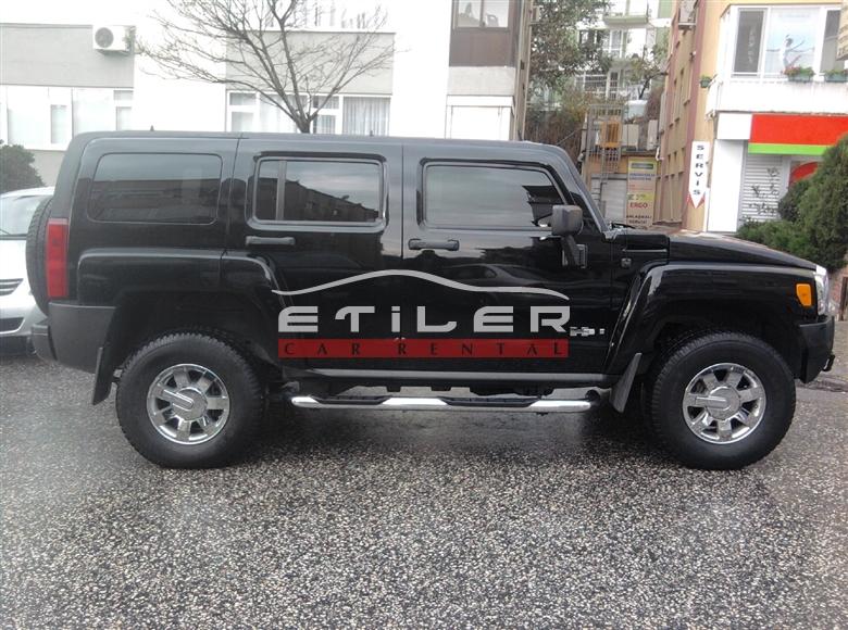 Siyah Hummer H3 Sağ Görünümü