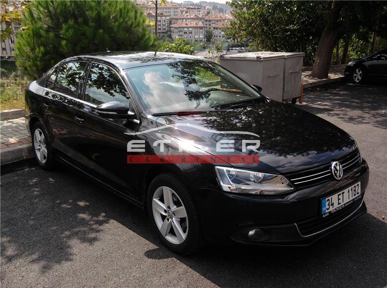 2012 Model Siyah Volkswagen Jetta Sağ Ön Görünüm