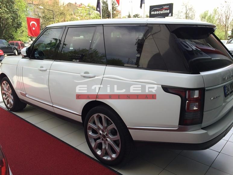 Beyaz Range Rover Ön Görünüm